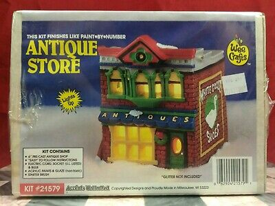 """Vintage Wee Crafts Christmas Village Building Kits 6"""" Country Antique Store"""
