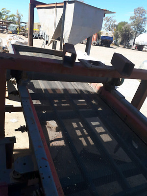 Vibrating Screen/Linkbelt