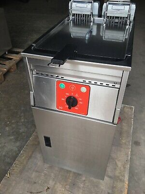 FriFri Electric Single Tank Fryer YF41102 with Pumped Filtration, Used Good Cond