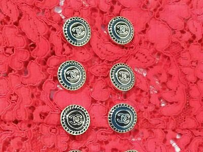 CHANEL BUTTONS  LOGO CC  LOT OF 9 size 20 mm 0,8 inch