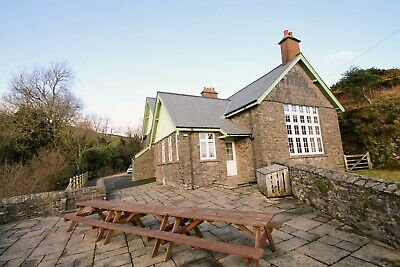 The School House ,Countisbury, Exmoor National Park,Sleeps 13 In 5 Bedrooms