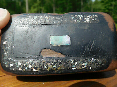 1800 Antique Victorian Black Lacquer Snuff Box Iridescent Mother Of Pearl Inlay