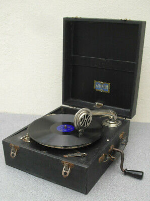 Atheneum vintage 1930s wind up picnic gramophone rare WORKS well portable