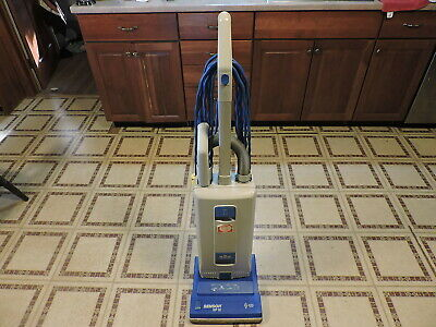 Windsor Sensor XP-12 Commercial Upright Vacuum Cleaner w/ attachments