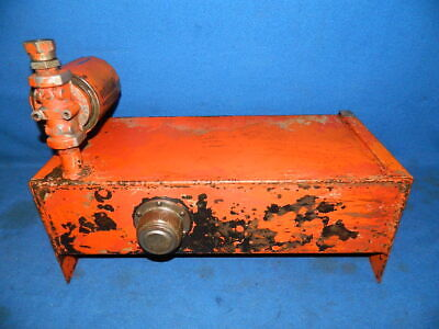 Hydraulic Oil Tank Reservoir with Filter Assembly from old Ditch Witch Trencher