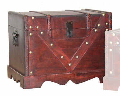 Large Wooden Treasure Box, Old Style Decorative Treasure Chest with Lockable