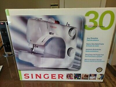 SINGER 8280 30 Stitch Functions... Factory Sealed