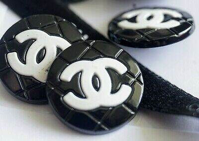 UNIQUE CHANEL BUTTONS SET OF 3 WHITE LARGE CC LOGO ON BLACK 0.8inch 20 mm METAL