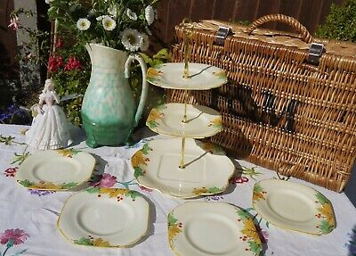 Vintage Art deco 3 tier  cake stand with 4 matching tea plates