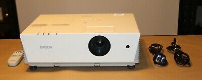 Epson 6100i PowerLite Home Theater Projector 3500 Lumens. New Lamp in Projector