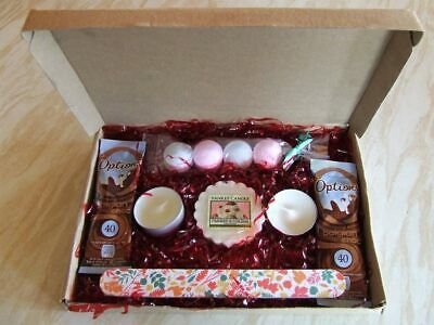 Ladies Pamper Box Spa Gift Set Bath And Shower Set Wax Melts Bath Bombs A5 Size