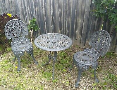 Cast Iron Vintage Outdoor Table & Chairs Garden Setting - Leaves