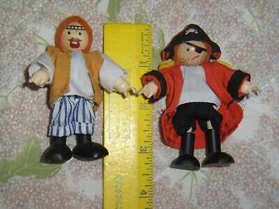 Pirate & Hippie Kidkraft Dollhouse Poseable Figures two clothed dollhouse people