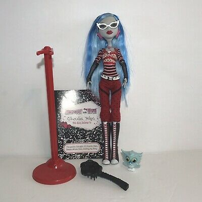 Monster High Ghoulia Yelps Doll 1st First Wave Mattel w/ Stand Accessories Pet