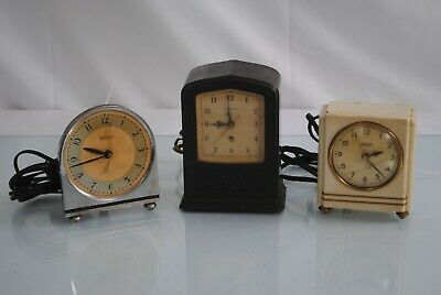 LOT OF 3 HAMMOND MOTORS CYCLE SYNCHRONOUS Vintage Clocks