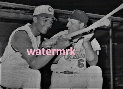 1963 VADA PINSON Cincinnati Reds & STAN MUSIAL St Louis Cardinals NL 8x10 PHOTO