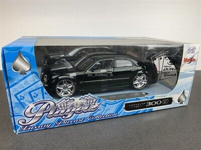 Chrysler 300 C 300C Hemi Die Cast 1/18 Green By Maisto (Playerz Series)