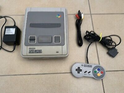 Super Nintendo Console SNES Complete With 1 x Genuine Controller & Cords PAL