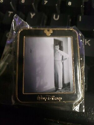 Disney Pin WALT DISNEY Disneyland B&W Photo Mickey's Shadow 2002 Limited Ed