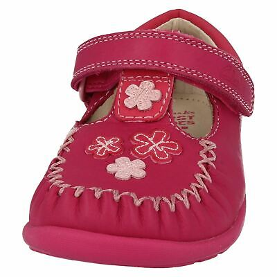 Clarks Litzy Lou Girls First Shoes in Hot Pink Leather Shoes Size UK 4 1/2 E - 5