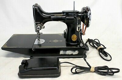 SINGER Model 221 Featherweight Sewing Machine 1939 SN# AF245794 WORKING!