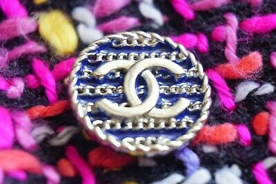 💙💗💜 CHANEL BUTTON 1 Pieces SIZE 0,7  INCH  or 19  MM  BROOCH  Logo CC