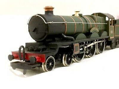 Airfix GWR Castle class OO Gauge Locomotive with Box