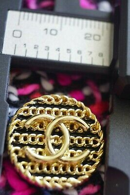 ❤💛💙CHANEL BUTTON 1 Pieces SIZE 0,9  INCH 22  MM BROOCH Logo CC