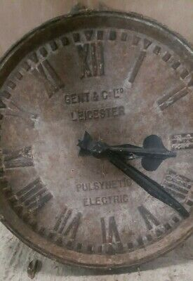 Industrial Cast Gents of Leicester Factory Railway Station Pulsynetic Clock