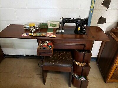 Vintage Working Singer Sewing Machine 15-91: Includes Original Cabinet And...