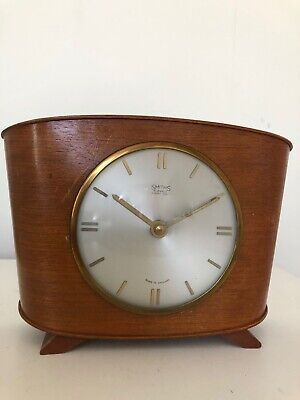 Vintage Retro SMITHS Eight Day Wind Up Wooden Mantle Clock Made in England