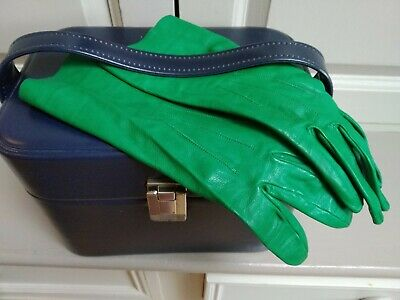 Vintage Retro real leather 1960s green gloves Finesse