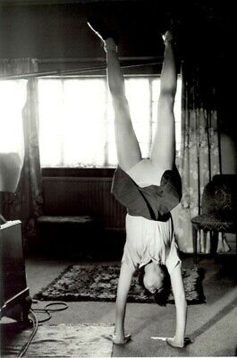 upside down Vintage Rare Pinup Sexy Antiqe Woman Old Photo 4x6 W