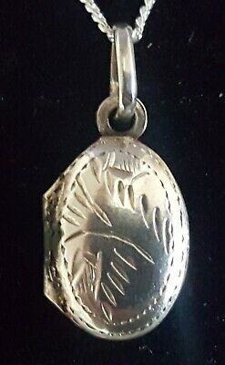 Sterling silver vintage Art Deco antique tiny oval locket