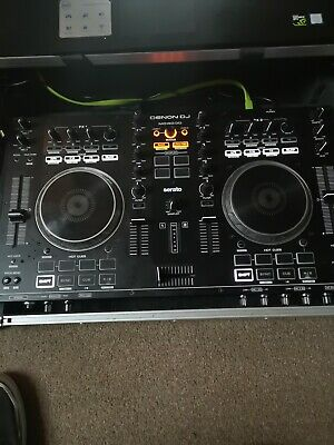 Denon MC4000 Professional 2 Channel DJ Controller. (Cross fader has bleed)