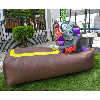 ALEKO Outdoor Yard Decor Halloween Inflatable Decoration Vampire and Coffin 5 ft