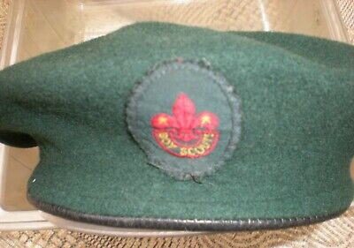 Boys Scouts Beret Green with badge size 6 3/4