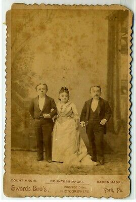 Midget Cab Card- Count & Countess Magri & Baron Magri- Mrs. Tom Thumb- Swords Br
