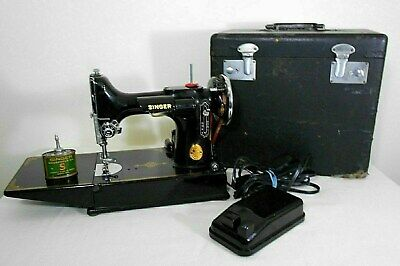 VINTAGE 1941 SINGER FEATHERWEIGHT 221 SEWING MACHINE, with FOOT PEDAL, and CASE