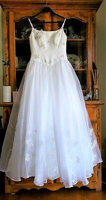 Deb Formal Wedding Dress Size 8-10 White With Silver/White Embroidered Flowers