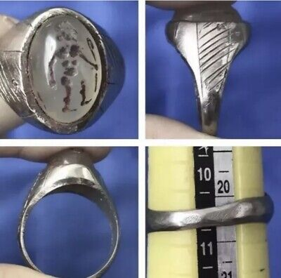 Wonderful Roman A Standing King Statue Intaglio a Stamp Unique Ring