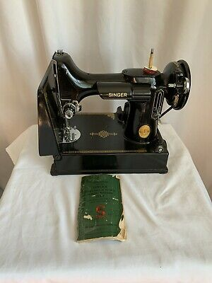 VINTAGE SINGER FEATHERWEIGHT 221-1 SEWING MACHINE,  W/CASE and Instructions book