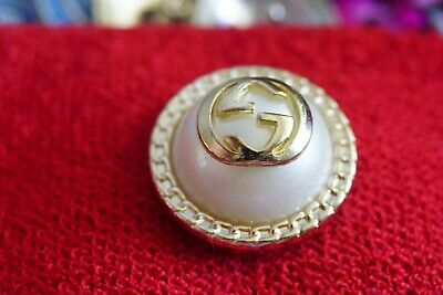 ❤100% Authentic  GUCCI  buttons 3 ps   size  23  mm  1  inch   Logo GG large