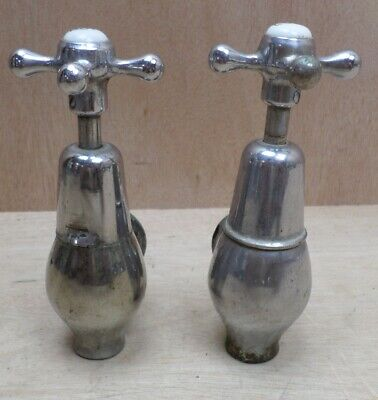 "Pair Vintage Traditional Globe Bib Taps 3/4"" Hot Cold Pair Cast Iron Bath"
