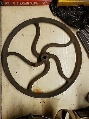 "ANTIQUE SINGER CAST IRON TREADLE FLY WHEEL PULLEY INDUSTRIAL 12 1/2"" diameter"