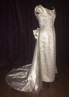 Vintage 1990s Kelsy Rose White Lace Pencil Wedding Dress With Detachable Train