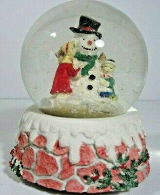 Snowman With Children Outside Snowglobe/Music Box Plays White Christmas