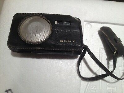 1960 SONY TRANSISTOR RADIO Short Wave AM in Leather Case with Antenna TR-725