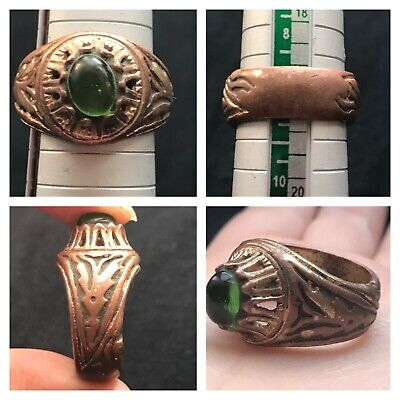 Wonderfull Old Mix Sliver Glass Emrald Roman Ring