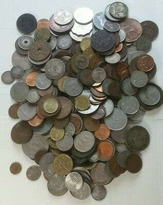 Bulk sale, 1.1 kilos, coins of the World. #685